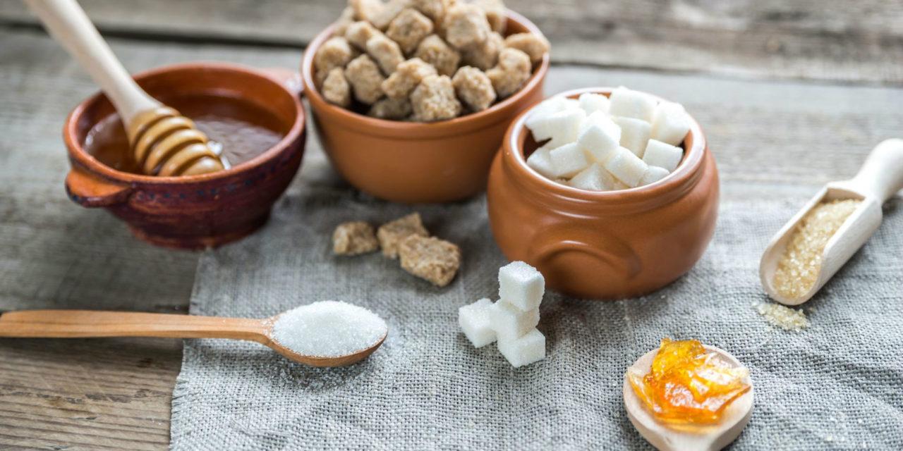 Os 8 tipos de açúcar mais saudáveis do mercado