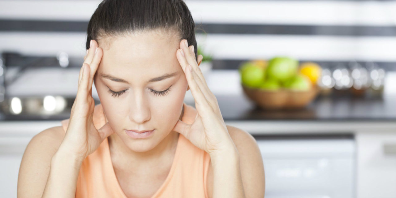 5 dicas para evitar a enxaqueca menstrual