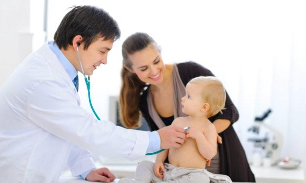 Afinal, vale a pena ter um plano de saúde para bebês?