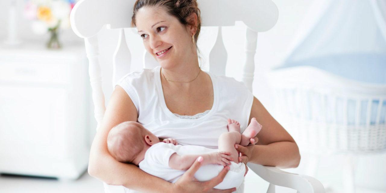 Tempo de amamentação: qual a influência na saúde do bebê?